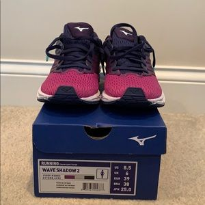 Women's Mizuno Wave Shadow 2 running shoes